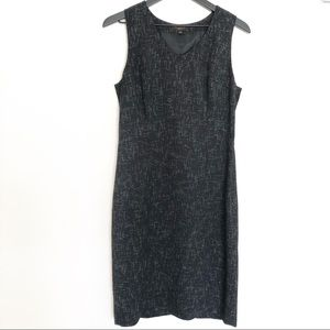 Limited mini sleeveless casual dress